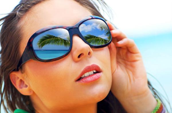 Añadir un reflejo a unas gafas de sol