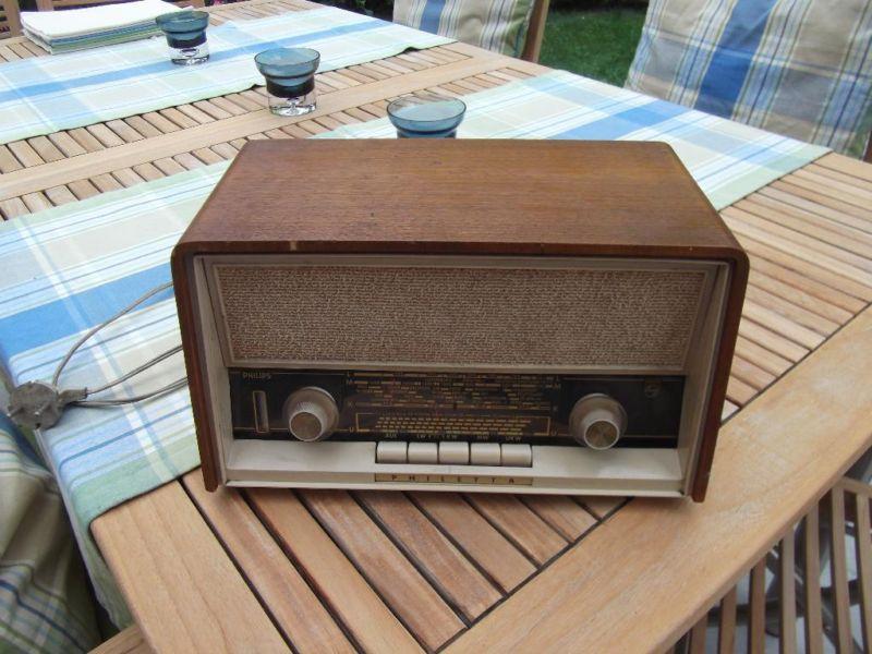 Radio Philips Philetta 254 de los 50